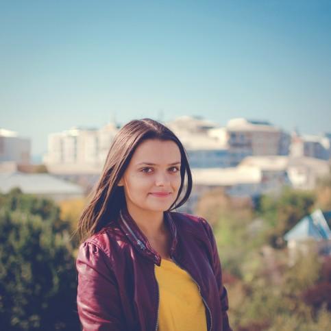 Carla Bogdana Angheluţă